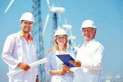 Management stratégique et opérationnel se différencient par leurs rôles respectifs.