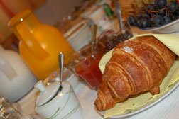 camera matrimoniale Ruefen con prima colazione