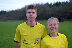 Lea Wolter (re.) und Vincent Manthey sind Schiedsrichter aus Leidenschaft