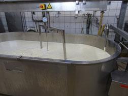 ajout de lait entier de la  Ferme Durr Biolacte
