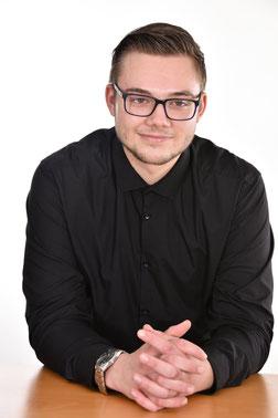 Beisitzer: Julian Michels