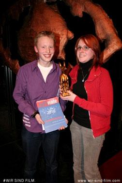 Christian Kern & Veronika Pfeifer mit ihrer JuFinale-Urkunde und dem Lobo (2009)