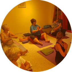 Yoga Meditation Yin Yoga Michaela Hold München Holistic Pulsing Ausbildung Familienaufstellung Kartenlegen