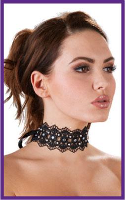 Schmuck, Halskette, Nippelkette, Handschuhe, elegante Handschuhe, Ohrringe, Accessoires,