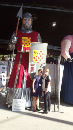 Au forum des Géants de Cambrai, 2016 - Nicolette Carpentier, adjointe au Patrimoine, et Annie Bertout présidente de Bouchain Patrimoine