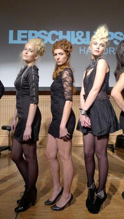 Live on Stage: Avantgarde Models