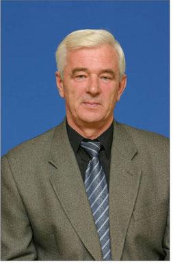 Наш первый директор, старший учитель, Почётный работник общего образования РФ