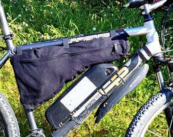 sacoche sur mesure pour vélo de randonnée