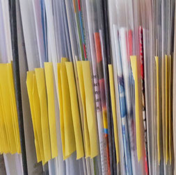 MaterialCOMMUNICATION: Archivierte Belegexemplare aus Pressearbeit & PR