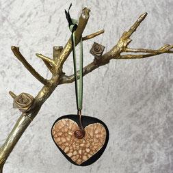 Les Galets de Lyzzz - galet coeur décoration à suspendre