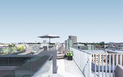 Dachterasse des KPM Hotels über Berlin