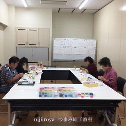 つまみ細工教室nijiiroya 教室風景2