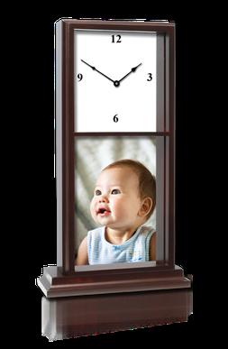 """Horloge """"Acajou"""". 17cmx40cm. Une surface imprimable 15cmx15cm et 15cmx20cm."""