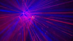 grandiose Lichttechnik bei DJ Jan