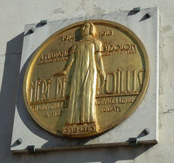 Plaque à la mémoire de Madame Bizolon, gare de Perrache (photo : Michel Locatelli)