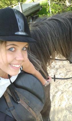 Selfie, Einreiten eines Pferdes