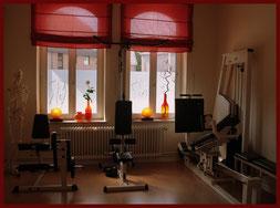 Krankengymnastik ist auch an unseren Geräten möglich!