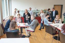 Schulleitung: Demokratisch und transparent bestelltes und zeitlich befristetes Schul-Leitungsteam  Bild: Joachim Wiesner