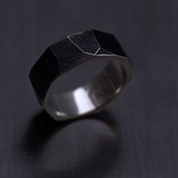 Ring in Silber,, Schmuck, Handarbeit, Unikat, Einzelstück, Goldschmiede Backhaus, John-Michael Mendizza, Silber 925, Sterling-Silver