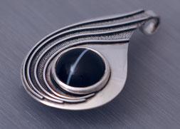Anhänger in Silber mit Onyx, Schmuck, Handarbeit, Unikat, Einzelstück, Goldschmiede Backhaus, SMarkus Backhaus, Silber 925, Sterling-Silver