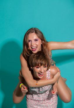 Geburtstagsparty mit Freundinnen erlebnisgeschenk kinder jugendweihe geschenk fotoshooting teenager
