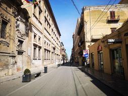 Area pedonale Vittorio Emanuele senza vita