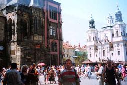 Plaza de la Ciudad Vieja e Iglesia de San Nicolás -Praga (Checoslovaquia)