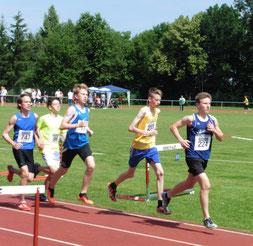 Tim leistete beim 3000 Meter-Lauf wieder einmal Führungsarbeit...