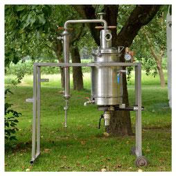 Edelstahlbrennerei - Edelstahldestille mit Druckwasserbad und Rohrbündelkühler