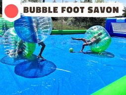 Bubble foot aquatique glissades sur terrain gonflable de foot savon Annecy