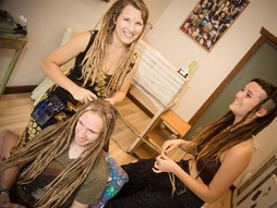 Learn to make Dreadlocks