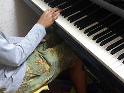 大阪発達障害児の音楽教室、合同ピアニカ演奏