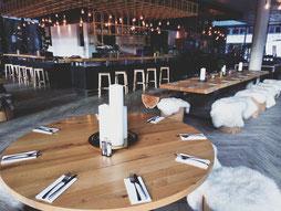 Luis Diner Restaurant und Bar. Burger und Steak Spezialitäten. Besuchen Sie uns zwischen Ischgl und Kappl.