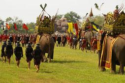 Elefantenfestival in Surin - Ban Ta Klang