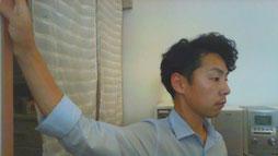 頚椎症で背中の肩甲骨が痛い奈良県大和高田市の整体師