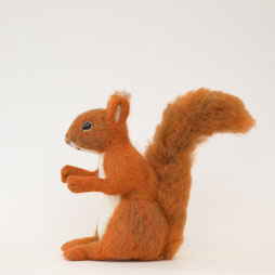 Eichhörnchen aus Filz, Schaufensterdekorateur Herbst, Deko Herbst, Eichhörnchen aus Filz, Filztiere, Filzfigur Eichhörnchen