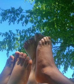 ... um einfach mal die Füße in die Luft zu strecken