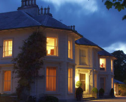 Rathmullan House in Abendstimmung