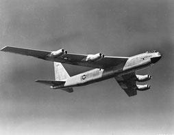 //wikimedia  /Prototyp der B-52 Stratofortress /