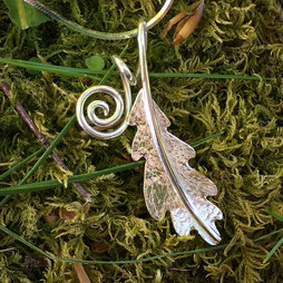Oak Leaves Jewellery Collection (Quercus Robur)