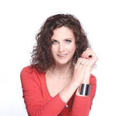 Moderatorin Adriane Gamper, Foto VANMEY PHOTOGRAPHIE