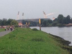 Das Weserstadion vom Osterdeich aus.