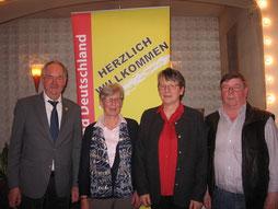 v.l.n.r. Schatzmeister Gerhard Barkmann, Vorsitzende Brigitte Knoll, Frauensprecherin Helga Wegner, Stellvertretender Vorsitzender Heinz Ahlers
