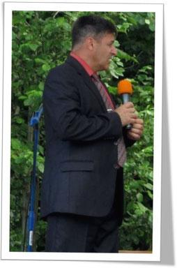 Александр Майер с «показательными выступлениями» на одном из конгрессов
