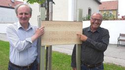 Lindenbaum 2 - Bgm. Preiner mit Manfred Piff