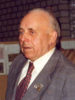 1. Vorsitzender Heinrich Pöppelmann