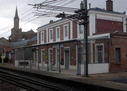 Les noisetiers chambres d'hôtes au coeur du Val de Noye : Gare SNCF la plus proche à Ailly sur Noye