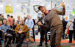 Jonathan Taylor auf dem Forum in Halle 9 - © MESSE STUTTGART