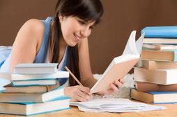 http://respuestas.tips/estudiar-de-noche-o-estudiar-de-dia/