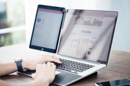 中小企業診断士・ウェブ解析士の専門資格を有するウェブコンサルタント